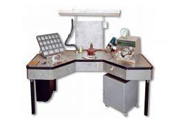 Стол ремонта и проверки магистральной части воздухо-распределителей СМВР1